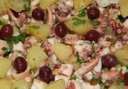 Insalata di polipo, patate e olive