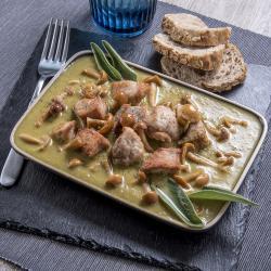 Spezzatino in crema di asparagi e funghi